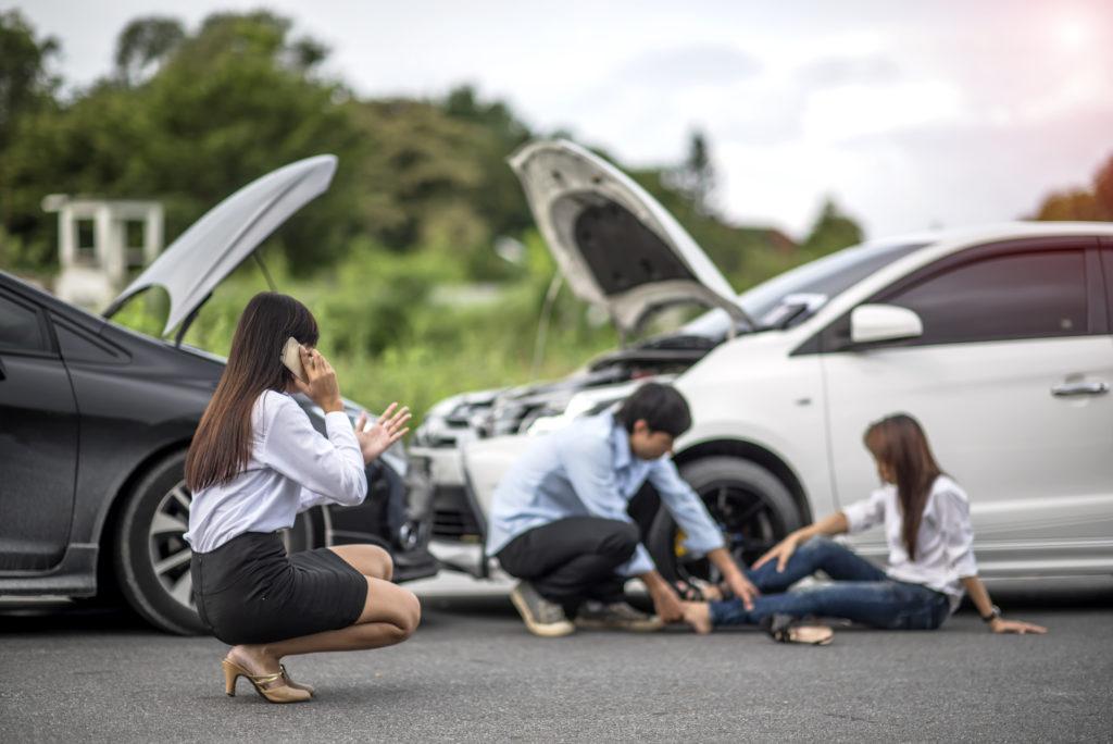 women injured in crash